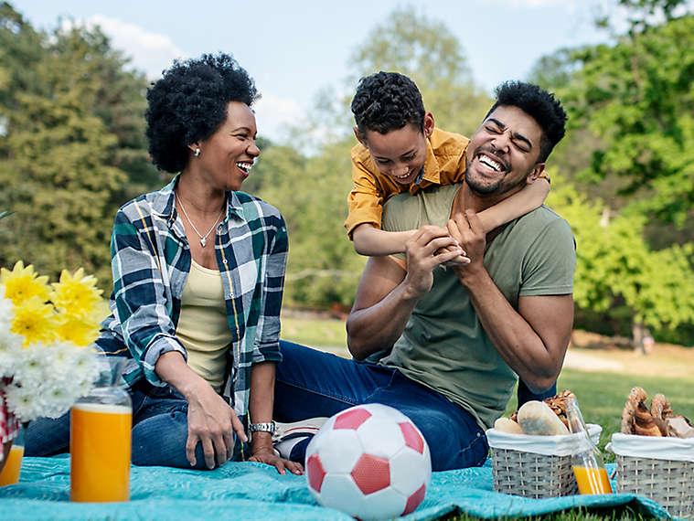 Family eating outside.