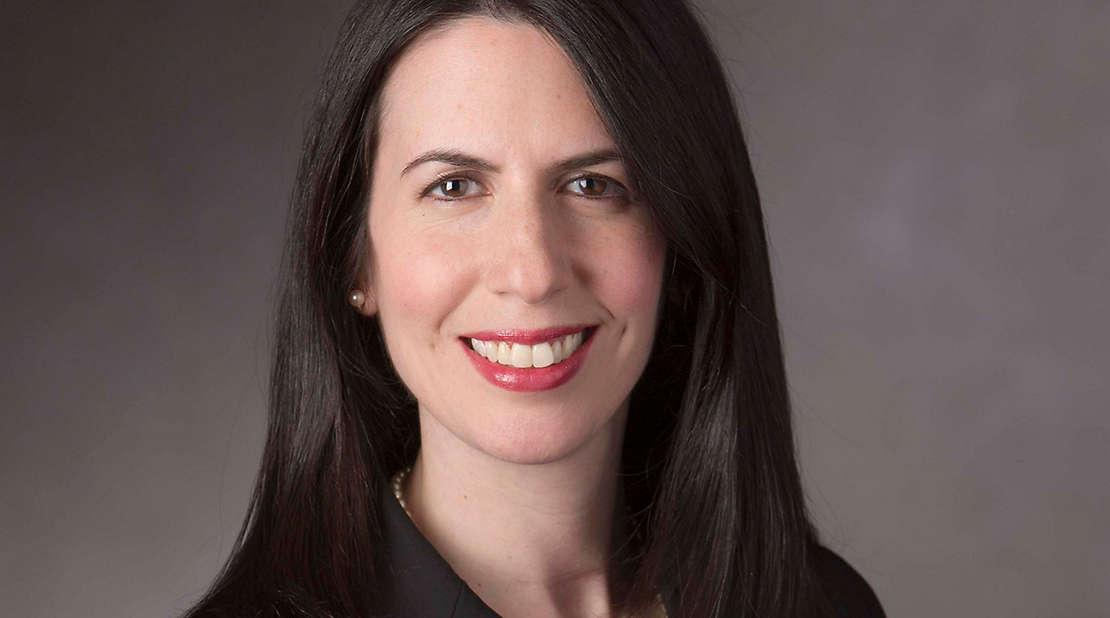 Heather Nesle headshot