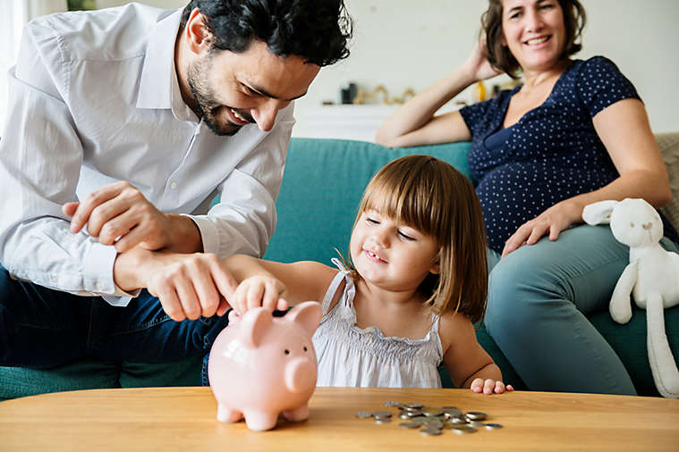 SEO-29-3x2-father-teaching-daughter-finances.jpg