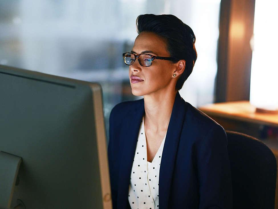 Women working on her computer